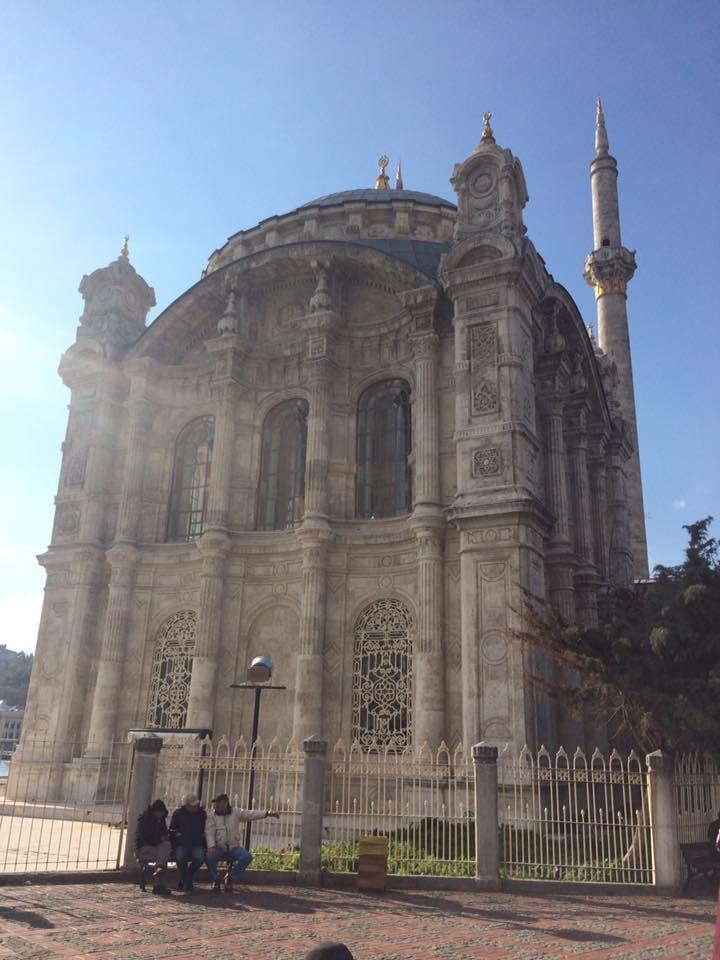 De la part de Asmaa Mehdi la mosquée d'ortaköy