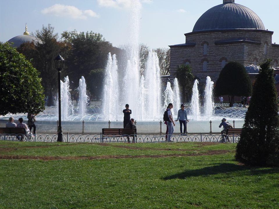 De la part d'Ahlem Zaidi la place de Sultanahmet