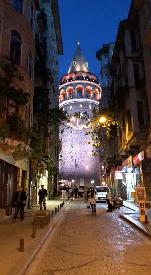 La tour de Galata de la part de Hamoudi Tjr la Classe
