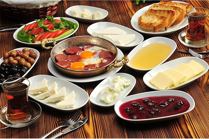 Le petit déjeuner à Istanbul