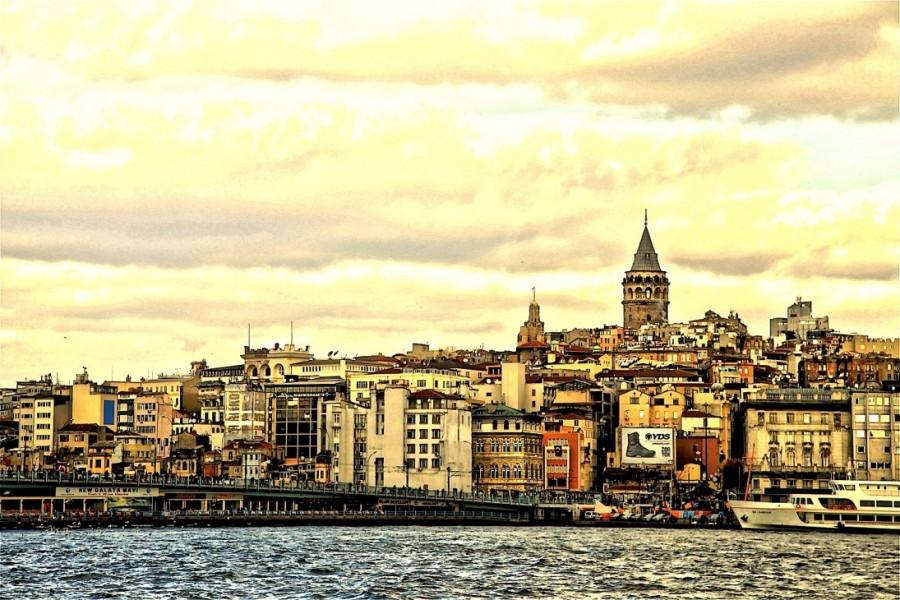 La Tour De Galata Istanbul, La promenade sur le Bosphore