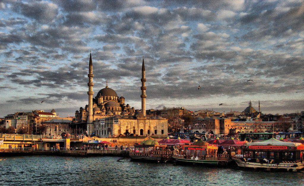 La Nouvelle Mosquée ou La Mosquée Neuve, La promenade sur le Bosphore