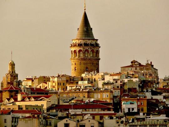 galata-tower-hypnos-hotel-istanbul-e1459162017861