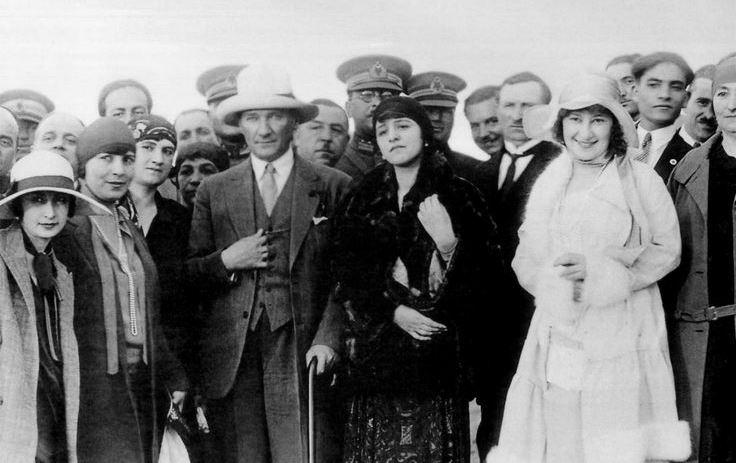 Ataturk pere des turcs