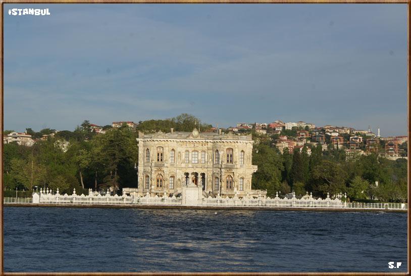 Küçüksu Kasrı, La Maison De Chasse des Sultans Ottoman, la croisière sur le Bosphore Istanbul