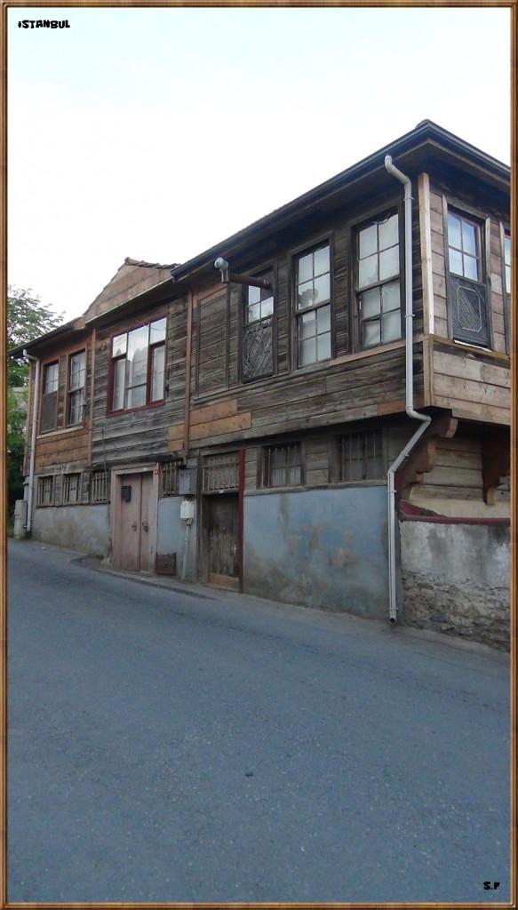 Une maison en bois à Beykoz