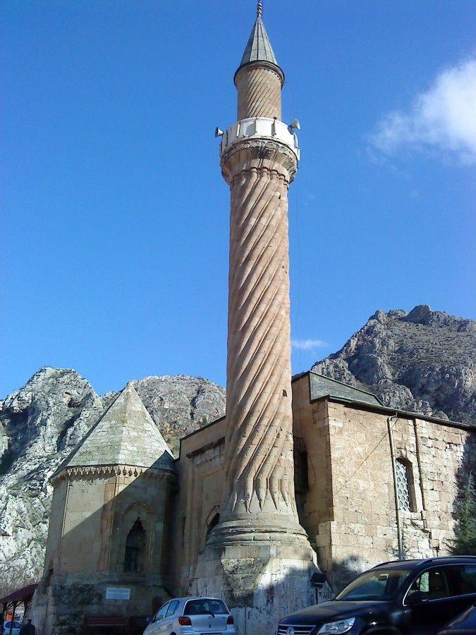 Mosquée du minaret de Burmalı - les lieux à visiter à amasya